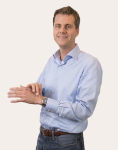 5 tips om te ontspannen. Lees het interview met psychiater Mark Volkerijk (uit Plotsdoof).